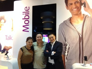 with new Key Account / Country Manager for Philippines Eiko Raquel and Ivollex Hodini