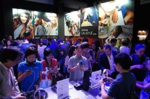 Samsung Crowd