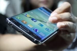 Samsung Galaxy S6 Edge 01
