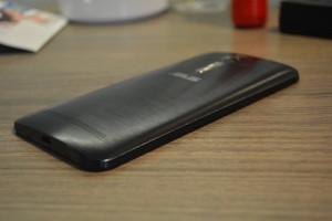 Asus Zenfone 2 Photo 11