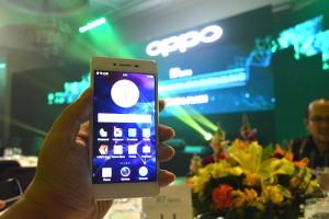 OPPO R7 Launch 01