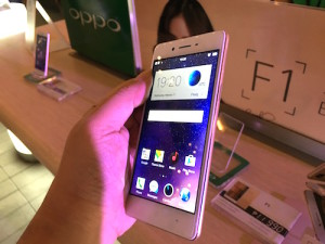 OPPO F1 Launch 05