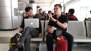 Fellow bloggers Bon and Bryan. Photo taken with my Asus Zenfone Max