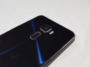 Asus-Zenfone-3-Review-10
