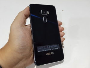 Asus-Zenfone-3-Review-12