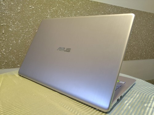 Review: ASUS VivoBook S15 S530FN/S530UN • DR on the GO